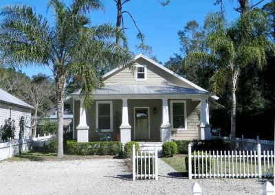 Cute Cottage home in Darien, GA